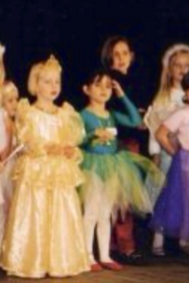 Upton house performance...notice the red slippers :D