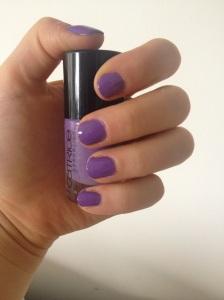 Lilac Nails!